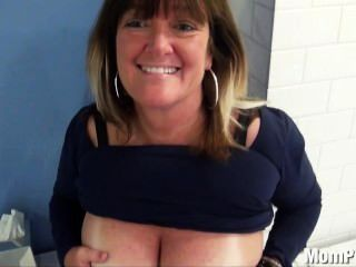 Huge Natural Tits Milf Behind The Scenes