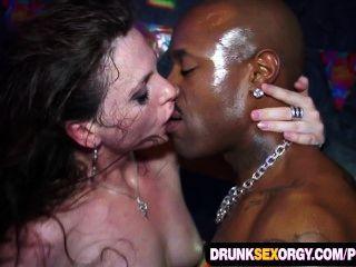 Slutty Euro Girls Party Fucking