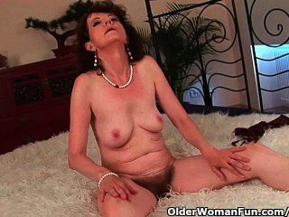Mature Mom With Hairy Pussy And Armpits Gets Fucked Deep
