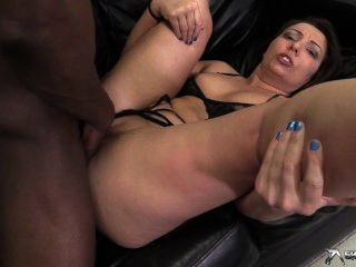 Crystal Cox Gets Some Serious Fuck Action