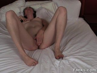 Sexy Camille Playing With Her Pussy