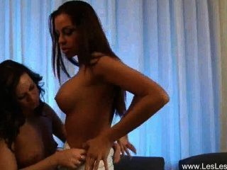 Donna And Cynthia Erotic Lesbians