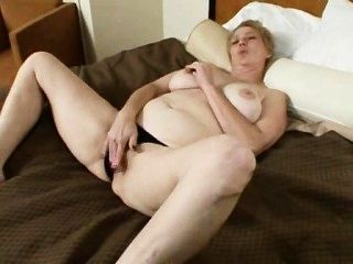 Lusty: Ugly Mature Pornstar