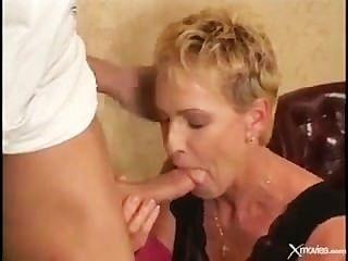 Old women wanking