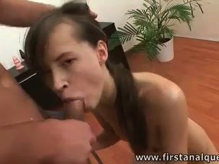 Skiny Sindy Like It Anal