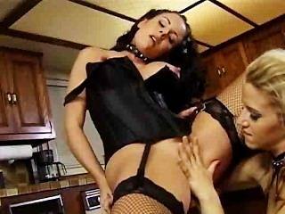 Pussy Pleasing Fetish