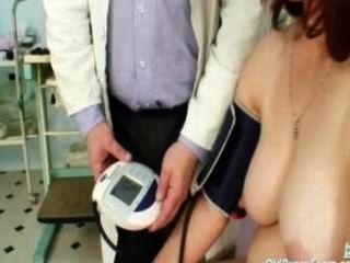 Mature Woman Takes Gyno Exam At Clinic