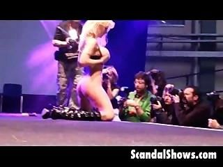Blonde Stripper Spreading Her Pussy On Strage