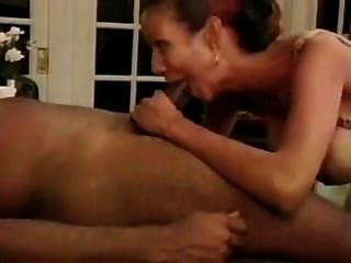 Milf Gets A Pouding In The Kitchen