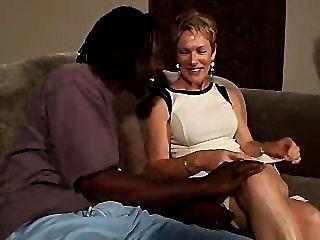 Cute Milf Tara Invited For Sex