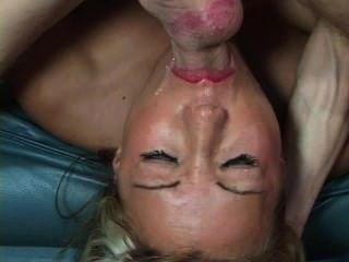 Com hairy play pussy
