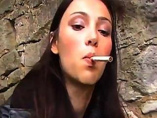 Smoking Leather Girls