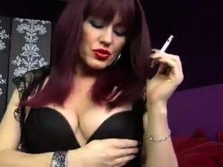 Girl Like Smoking