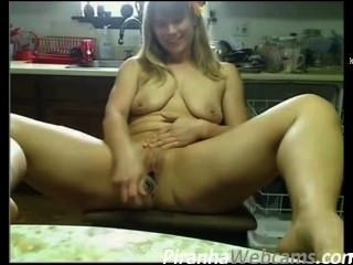 Webcam Masturbation - Super Hot And Pretty Girl With Flower In Hair