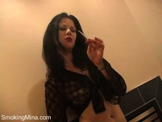 Smoking - Mina - Wallflower