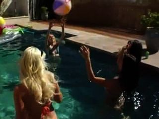 Great Group Analhole Fun By The Pool