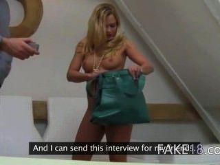 Horny Blondie Fucking Into Both Vaginas
