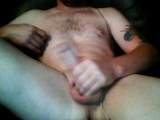 Guy Tugging It On Cam