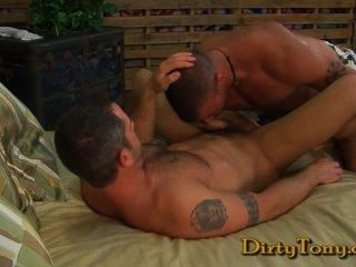 Derrick Hanson Fucks Clayton Archer