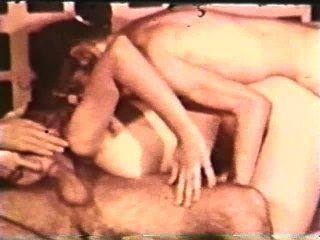 Peepshow Loops 403 1970s - Scene 3