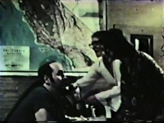 Peepshow Loops 342 1970s - Scene 2