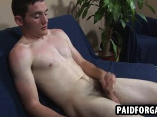 Horny Straight Amateur Hunk Jerking Off For Cash