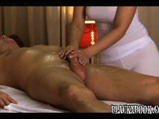 Beautiful Busty Masseuse Give Orgasms.avibeau