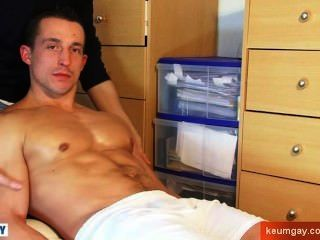 Full Video: Straight Guy Serviced: This Soccer Guy Get Wanked His Huge Cock