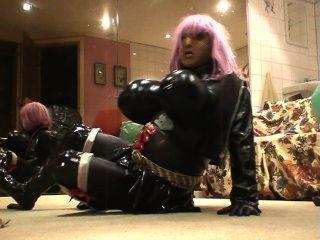 Roxina2008spikedboobgurlonani170108xxxl