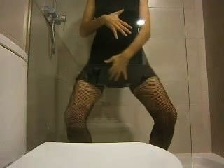 Spanish Sexy Crossdresser Dancing Like An Slut
