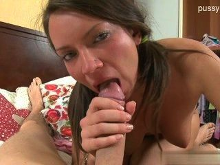 Young Pussy Deep Throat