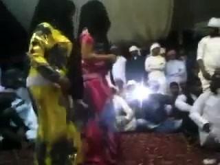 Arab Big Ass - Round Butt - Bend Over Booty