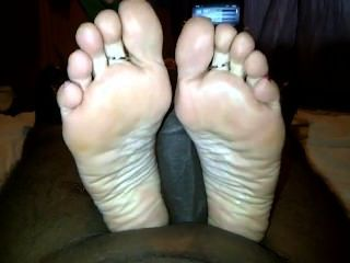 White Feet Fj
