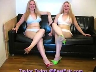 Taylor Twins Feetfair 01
