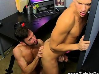 Gay Fuck The Hunky Youthfull Jock Gets His Man Meat Serviced By The Horny