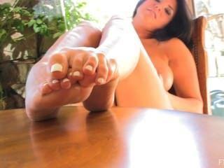Romi Rain Loves Her Feet