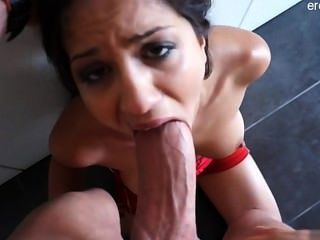 Horny Exgirlfriend Gagging