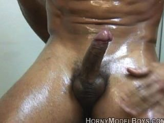 Straight Guy Alex Wanks And Showers