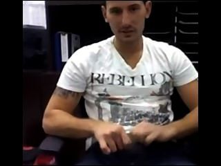 Sexy Guy Jerking On Cam