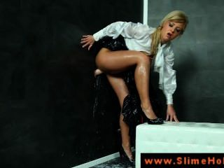 Gloryhole Loving Blonde Gets Fucked And She Gets Bukkake