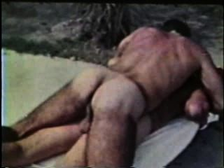 Gay Peepshow Loops 435 70s And 80s - Scene 1