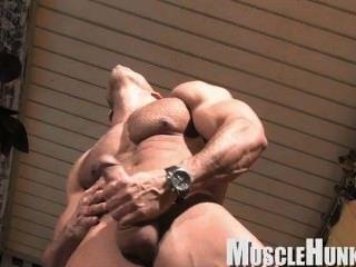 Bodybuildermusclesolo5