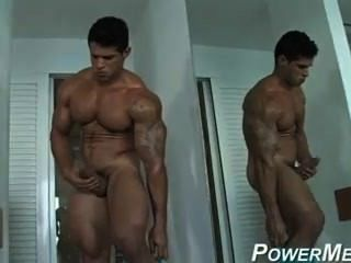 Hung Muscle God