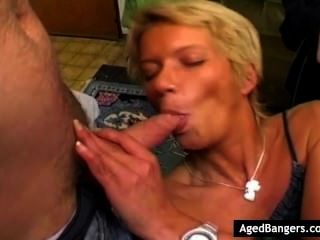 Three Loosers Getting Lucky With Horny Milf