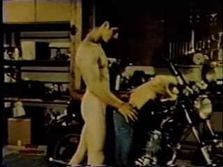 Gay Peepshow Loops 232 70s And 80s - Scene 3