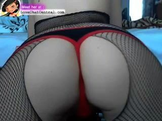 Big Shake Ass On Webcam
