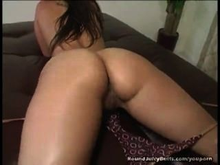 Bubble Butt Bouncing On Stiff Dick