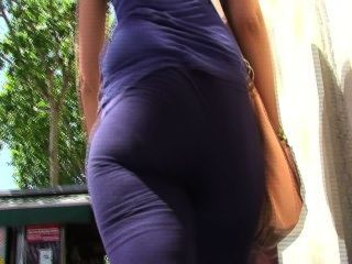 Big Ass Candid Booty From Gluteus Divinus