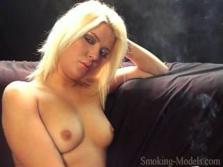 Sexie Smoker