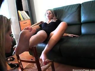 French Dom With Feet